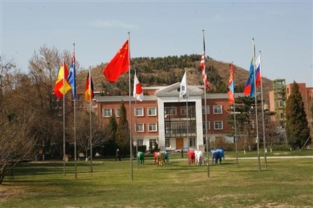 北京托福考场:北京市私立汇佳学校