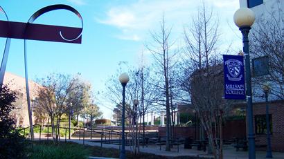 美国大学介绍--米尔萨普斯学院