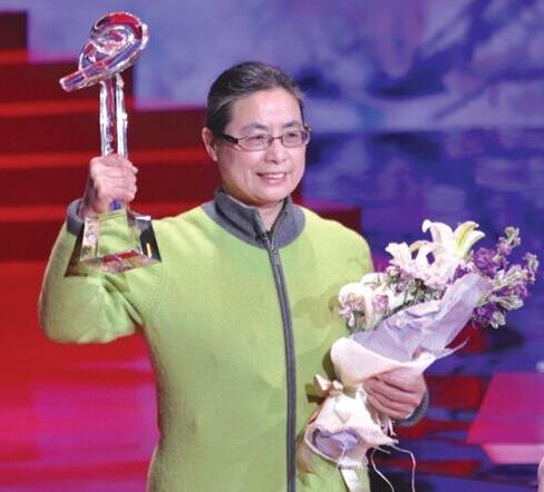 2015年感动中国人物朱敏才孙丽娜的事迹及颁奖词