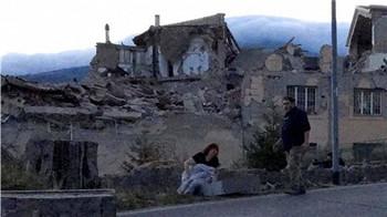 意大利中部发生地震 至少37人丧生(图)