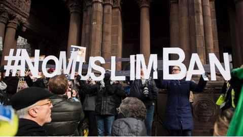 """川普""""穆斯林禁令""""遭全世界反对(双语)"""