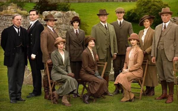 史上最佳的英国电视节目 有你的最爱吗?(双语)