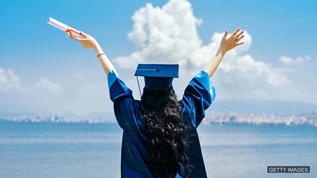 Degrees to make you rich 英国:学历和收入之间的关系