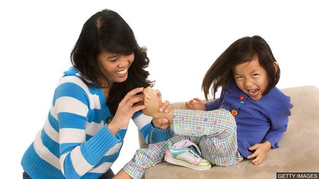 Why are we ticklish? 人怕挠痒痒的原因